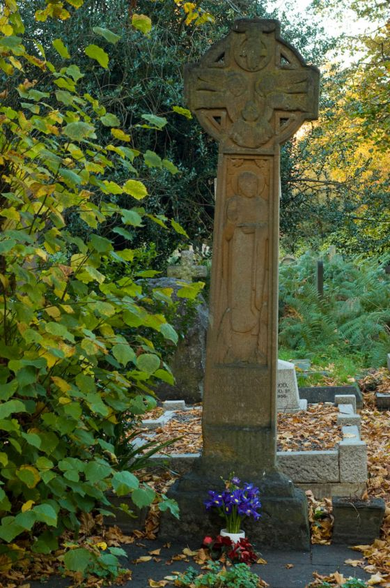 Emmeline Pankhurst Tombstone