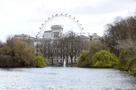 London Eye and Horse Guards Parade